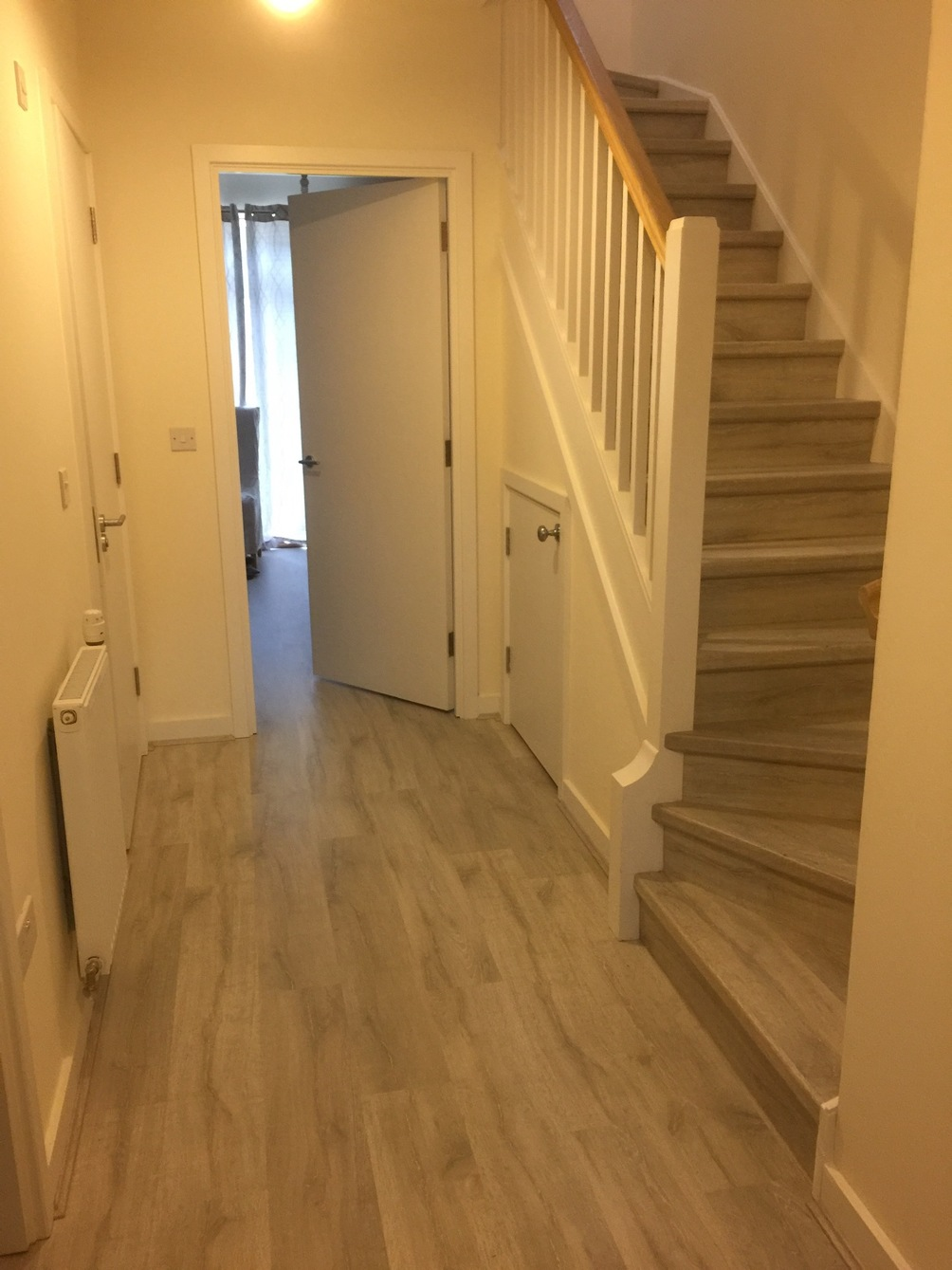 Laminate, hall, stairs, quickstep, incizo